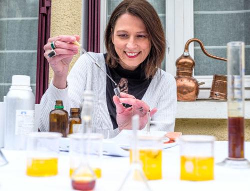Tribune : parfum naturel ou parfum de synthèse?